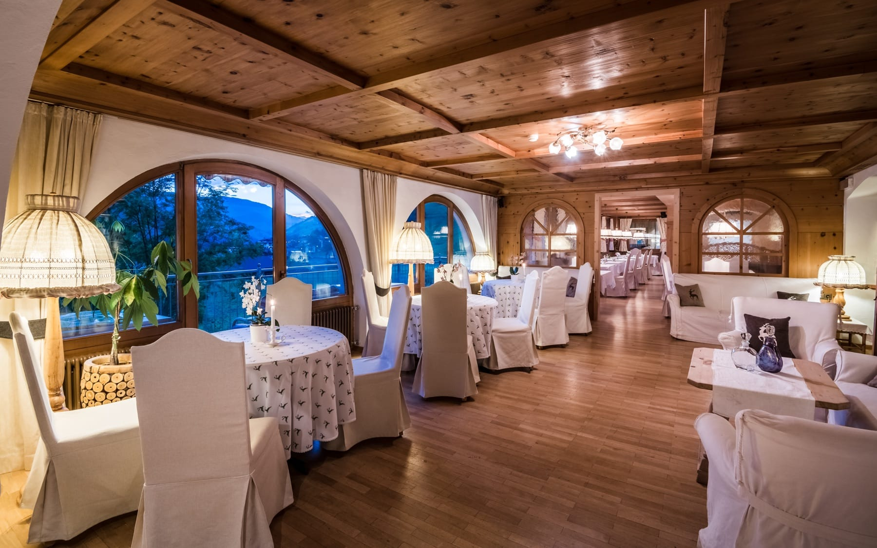Romantic dinners in the Tyrolean Stube