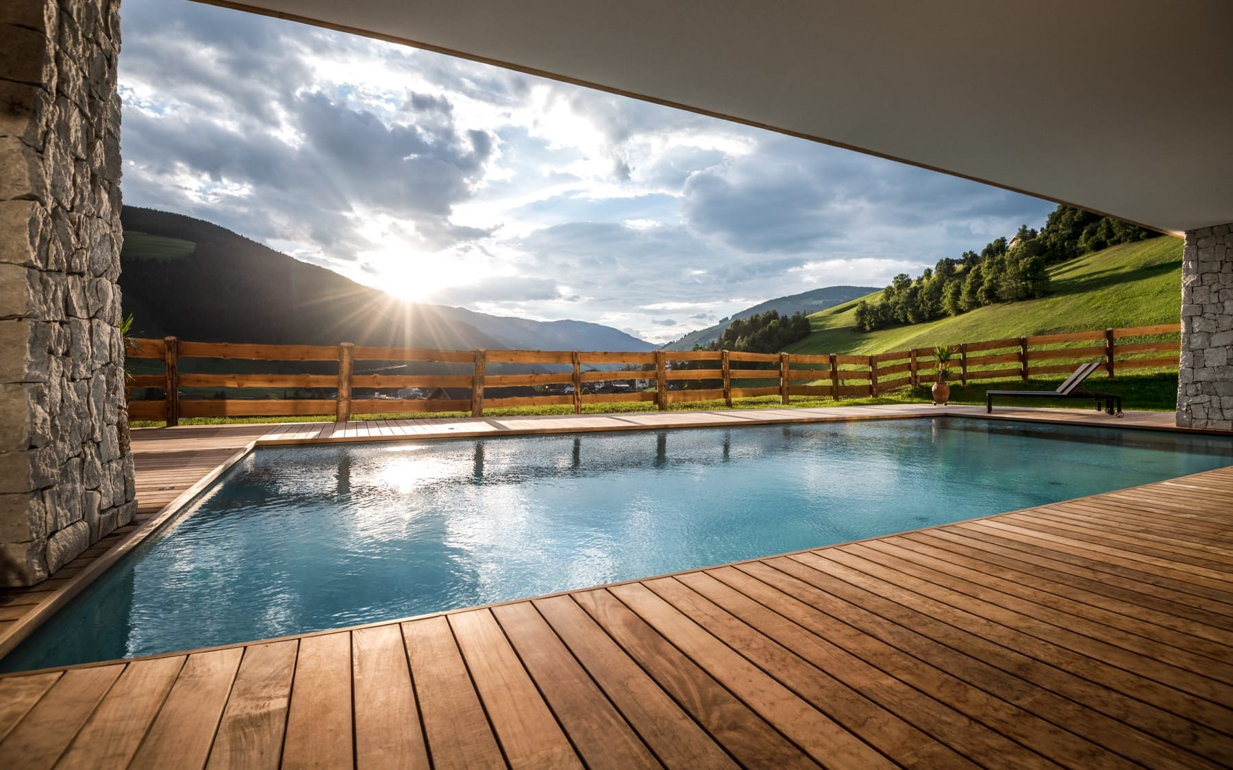 Wellness holidays with outdoor pool